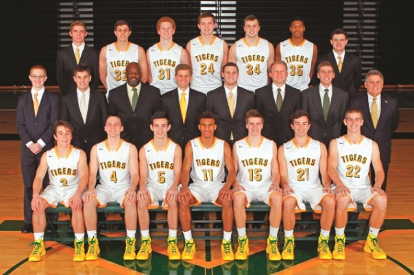 2014 Varsity Basketball team picture
