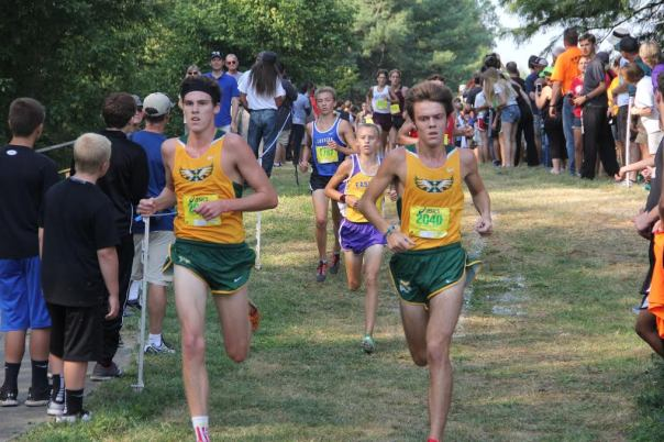 Seniors Spencer Hayden and Matthew Thomas run side by side after 1 mile | Photo by Jana Bollinger